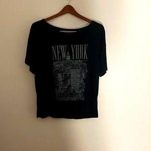 Brandy Melville Beach Cover Up New York T-Shirt